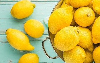 Лимон для лица от прыщей. Рецепты масок и других лечебных средств