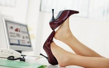 Неудобная обувь - причина появления межпальцевых мозолей